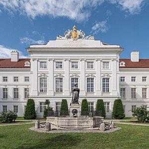 Josephinum – Sammlungen der Medizinischen Universität Wien / Josephinum – Collections of the Medical University of Vienna