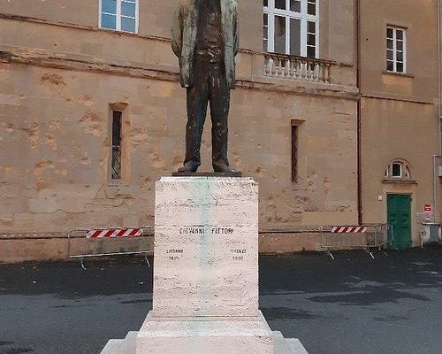 monumento a Giovanni Fattori