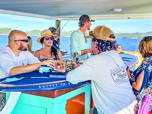 Take a cruise on the lake, enjoy cocktails, music, fresh air and amazing views.
