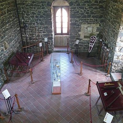 Vista interna del Dongione all'interno del quale si trova un museo aperto al pubblico e libero ingresso con orari e giorni stabiliti