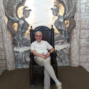 Железный трон - мой!