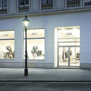 Unser schöner Store mit handgefertigten Produkten aus der eigenen Werkstatt in Wien