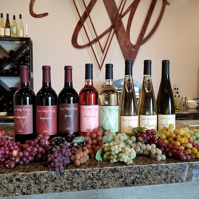 7 or more Nevada-made wines are always available in the Tasting Room.