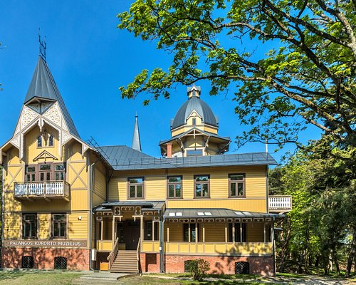 """The museum is established in the villa """"Anapilis"""" (after-life), which is impressive for its architecture and is closely related to the history of the city. The villa was built at the end of the nineteenth century, it is deemed to be one of the first villas that belonged to the count Tyszkiewicz."""