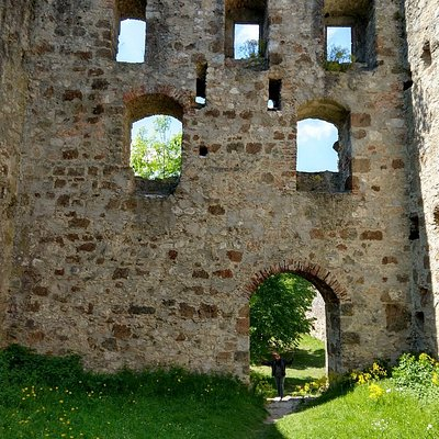 Burgruine Niederhaus