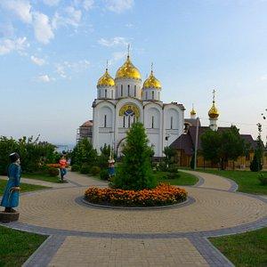 Андреевский кафедральный собор в городе Геленджике