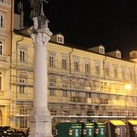 Palazzina Romano  e monumento