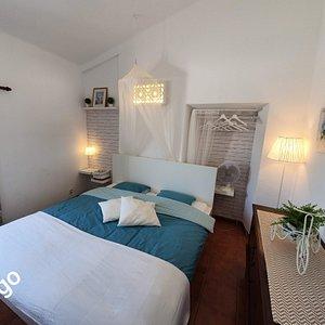 Even genieten van het prachtige weer, de mooie natuur en de vriendelijke bevolking. Dan is de Algarve de plek bij uitstek.  (Natuurlijk is een vakantie in 1 van onze appartementen ook mogelijk wanneer u niet zorgbehoevend bent!!!, maar u er gewoon even tussen uit wil met uw partner/gezin of vrienden )   Wij bieden verpleegkundige thuiszorg in de Algarve tussen Albufeira en Carvoeiro bij u in het hotel,appartement of bij ons in Quinta das armendoeiras..... GRAAG tot  Hakuna Matata