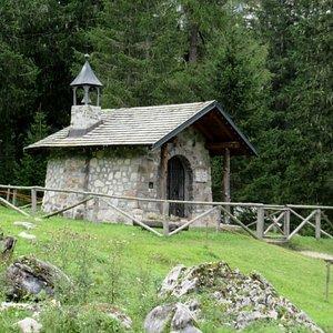 La chiesetta degli Alpini