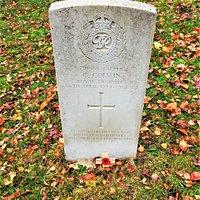 3.  Commonwealth War Grave, St Augustine's Church, Flimwell, East Sussex