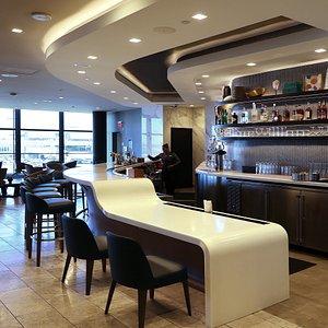 United Polaris Lounge at LAX T7 - The Bar Interiors