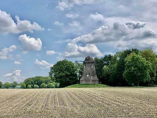 The Quantwick Mill located in farm village of Ahaus- Wüllen is full of history. It still stands proudly tall even after the storm in 2019.