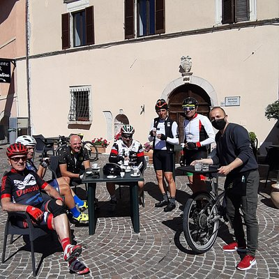 Un caro saluto ad Andrea da Silvano e il gruppo Forzati del pedale di Terni