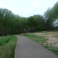 Trail to Jidana Park