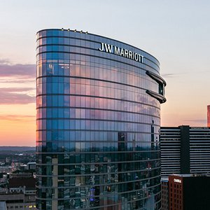 JW Marriott Nashville is located in the heart of downtown, just two blocks to Broadway, the Gulch, Bridgestone Arena, and more of Nashville's most popular attractions.