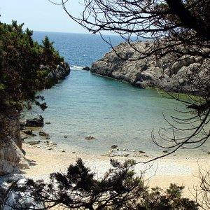 Παραλία Γλώσσα.