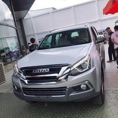 Vietnam Trust car rental fleet car