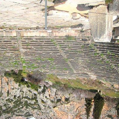 Built using Parnassus limestone