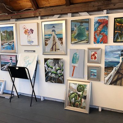 Port Clyde Art Gallery features local artists in Midcoast Maine.