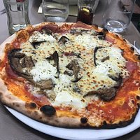Pizzas et pâtes délicieuses