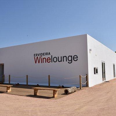 Ervideira Wine Lounge O espaço Ervideira localizado na Adega Ervideira.