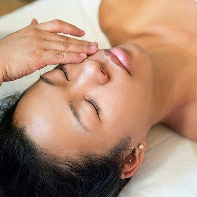 Ontspanning en verlichting van spierknopen! Boek dan een ontspanningsmassage van Organic Massage in Breda.