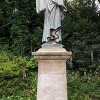 Estatua De Dante Alighieri