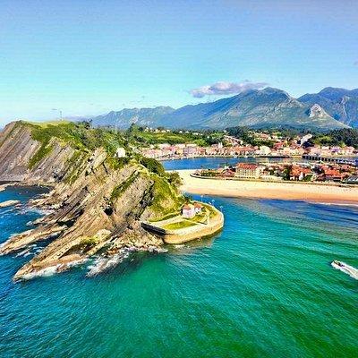 Rutas en lancha por la Costa Jurásica Asturiana