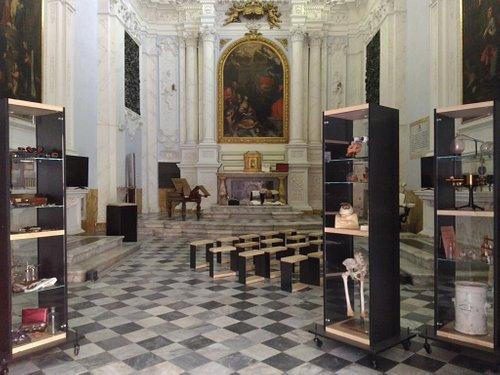 L'interno del Museo, ubicato nella Chiesa di Santa Maria Maddalena di Siena