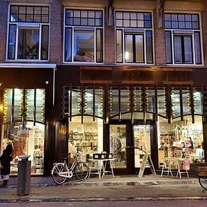 Mayflower Bookshop front