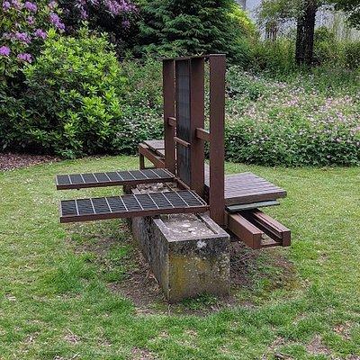 Untilled Sculpture