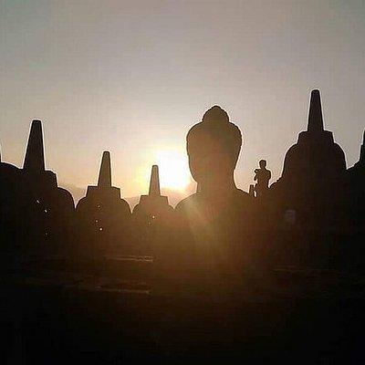 Borobudur Sunrise Ticket and Transport from Jogjakarta
