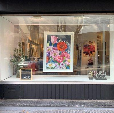 Galeria Diana Saravia & La Marqueria en el centro de Montevideo  se presentan  como la mejor exposición de artistas nacionales e internacionales y en su taller la mejor y más personalizada forma de enmarcado de obras de arte.