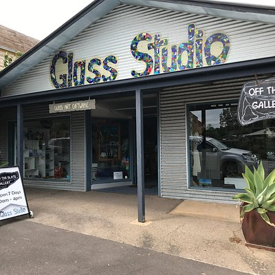 Working Glass Studio and Fine Art Gallery and Gifts