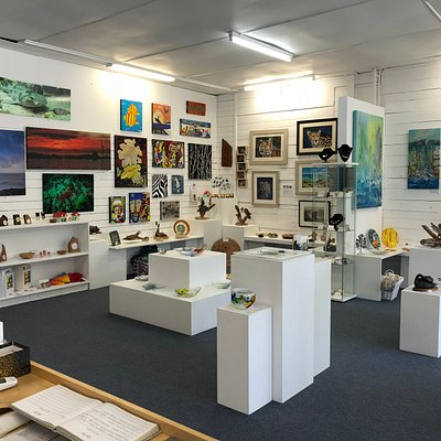 Locally produced Fine Art, Pottery, Jewellery, Mosaics, Woodcraft, Sculpture, Glassware, Textiles and Gifts