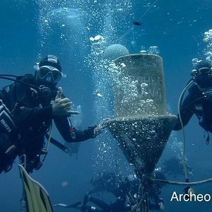 Archeo Diving was here 😎