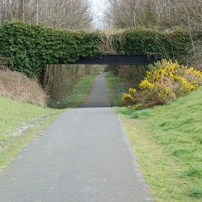 Part of the Lôn Lâs Menai cycle track going towards Rowen in Y Felinheli