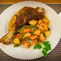 Paletilla de Cordero al horno |Slow cooked Shoulder of Lamb