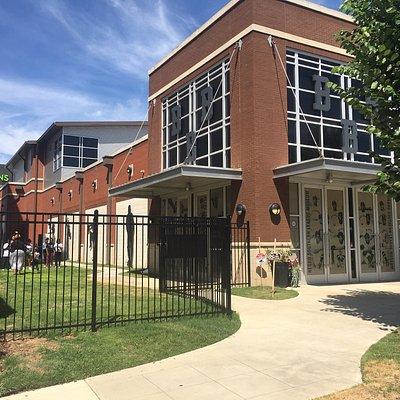 NSLM building - front/side