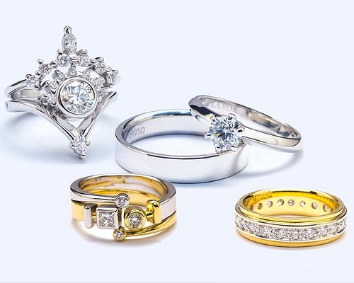 Gold and Diamond Ring, Engagement rings with 18k white gold.