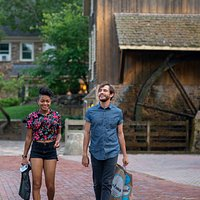 Have a countryside adventure at Peddler's Village