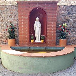 Parroquia Mare de Deu de Montserrat I Sant Antoni de Pádua