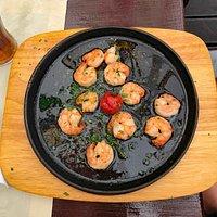 Crevettes sauce ail