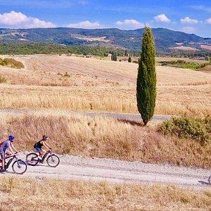 E-bike tour in Castelfalfi