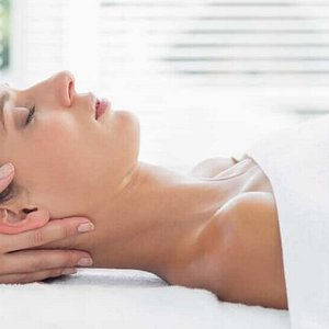 Founded in 2006, Equilibrium was born out of a desire to help people in pain and to provide an exceptional experience to our patients on their journey toward health and wellness. Our calm, relaxing environment is felt the moment you step into our clinic and provides a healing space to receive massage therapy, physiotherapy, chiropractic, acupuncture, osteopathy and kinesiology treatments. We are grateful to have the opportunity to play a part in your process of healing.
