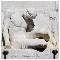 Apollonio Paolo Pessina. Monumento ai caduti della prima guerra mondiale In Bellinzona