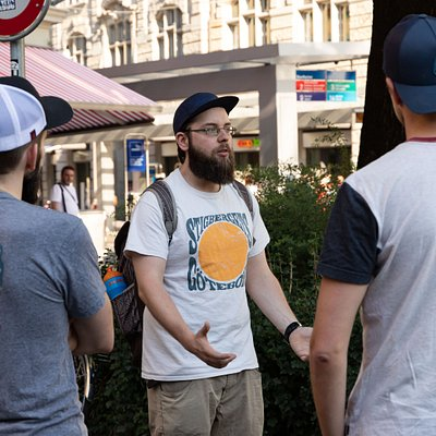 Zurich Beer Tour happens in small groups up to 10 people, to provide the best possible experience.