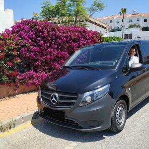 Luxury mini-van: Mercedes Benz Vito