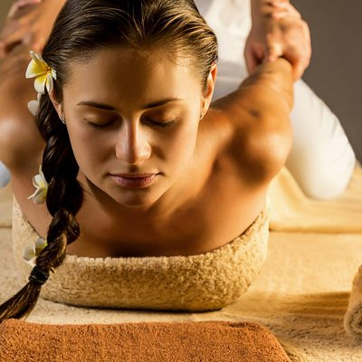 This divine treatment includes a back, neck, shoulder massage followed by a full body sugar scrub. Relax with an invigorating facial and warm coconut oil head massage. Conclude the treatment with a deluxe manicure and pedicure.