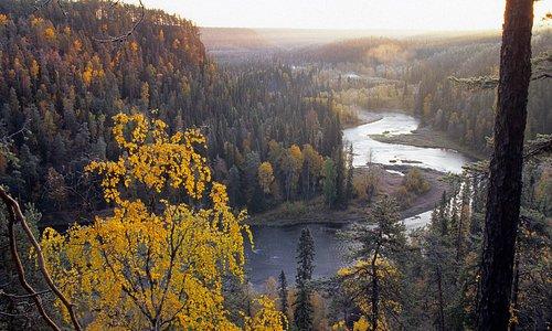 On the top of Päähkänä you can see the Oulanka National Park as its best. Photo Ruka Kuusamo Tourist Association